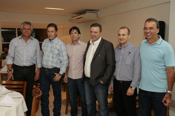 Caiado anuncia reunião com ministros em busca de solução da crise do Funrural