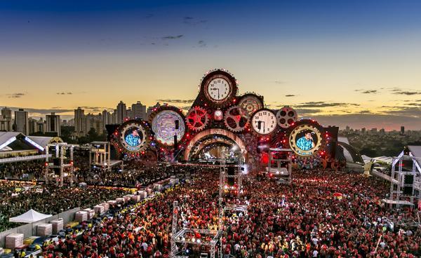 Festival de música reúne mais de 50 mil pessoas